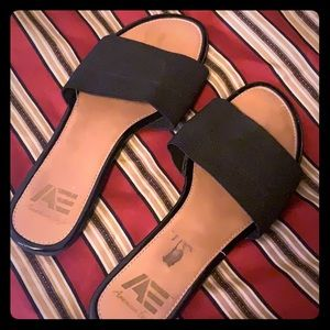 American Eagle by Payless Slides